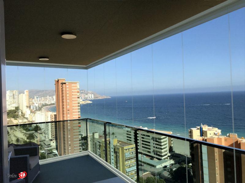 cerramiento-interior-montaje-3d-cortina-cristal-terraza-playa-san-juan