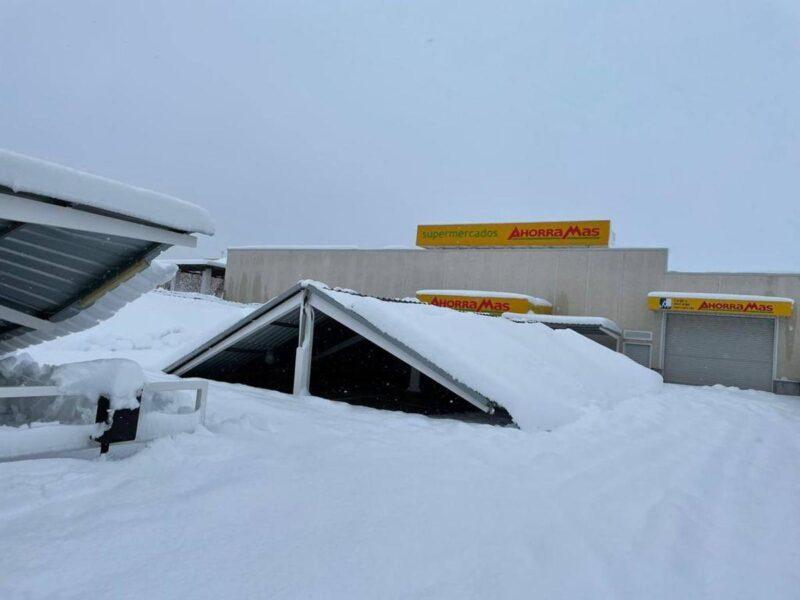 cubierta-aparcamiento-nieve